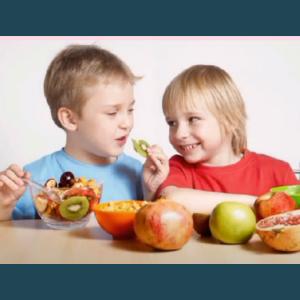 Alimentația sănătoasă se formează în copilărie